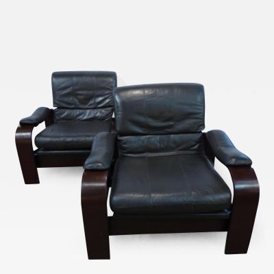 Alvar Aalto Alvar Aalto Style Bent Wood Pair of Dark Green Leather Lounge Chairs