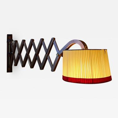 Amazingly Large Extensible Wall Light