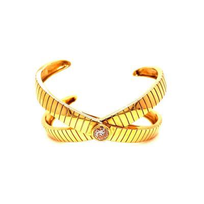 An 18K Gold Ancient X Symbol Bracelet for your Wrist