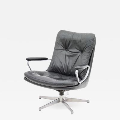 Andre Vandenbeuck Andre Vandenbeuck Gentilina Lounge Chair in Black Leather