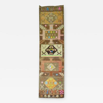 Antique Anatolian Attitude Rug rug no 9877