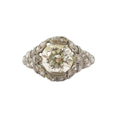 Antique Diamond Ribbon Motif Ring