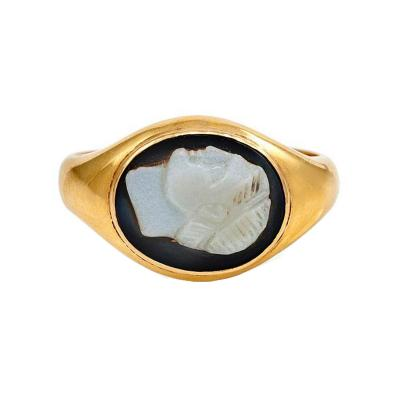 Antique Gold and Hardstone Cameo Ring