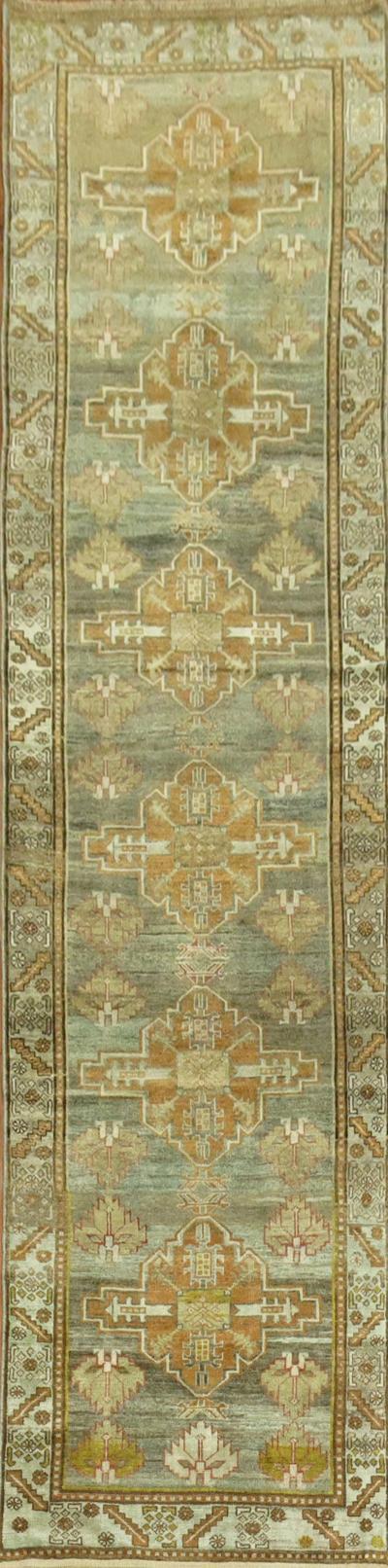 Antique Persian Heriz Runner rug no j1550