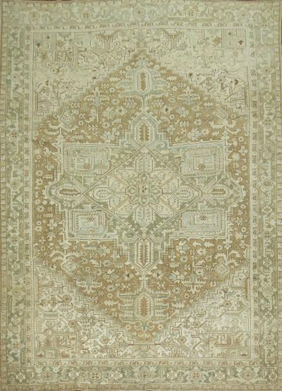 Antique Persian Heriz rug no 31278