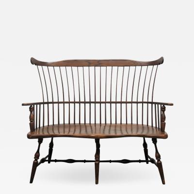 Antique Style Windsor Spindle Back Bench