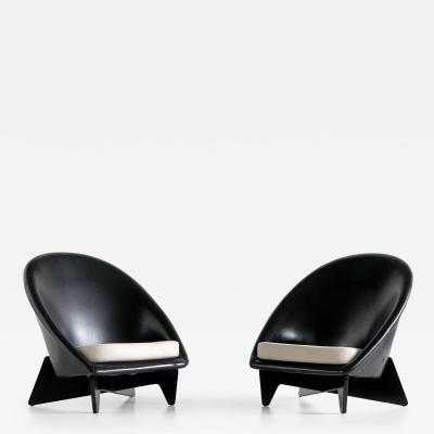 Antti Nurmesniemi Pair of Antti Nurmesniemi Lounge Chairs Designed for Hotel Palace Finland 1952