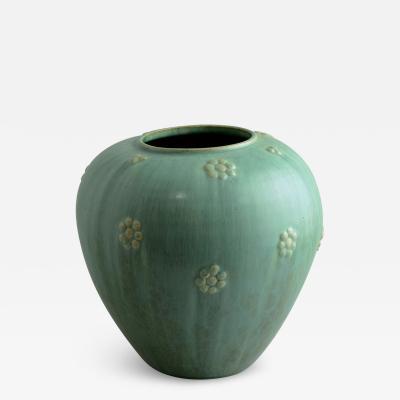 Arne Bang Arne Bang Denmark large vase with green haresfur glaze 1930s 40s