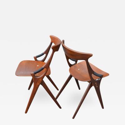 Arne Hovmand Olsen Two Hovmand Olsen Sculptural Scissor Chairs for Mogens Kold