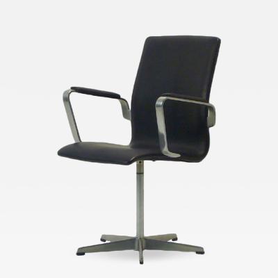Arne Jacobsen AJ 3271 Oxford Black Leather