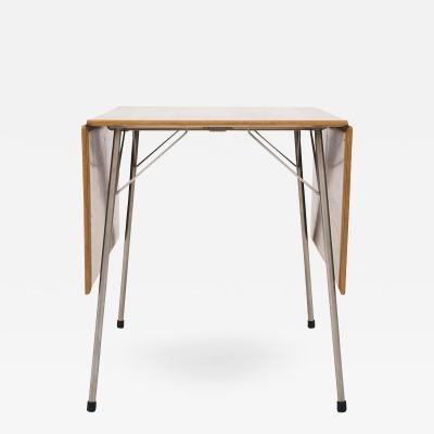 Arne Jacobsen AJ 3601 Drop Leaf Table
