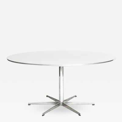 Arne Jacobsen AJ Table