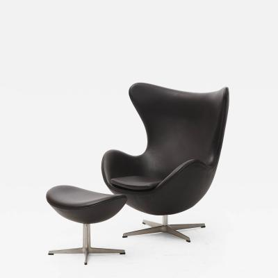 Arne Jacobsen ARNE JACOBSEN THE EGG CHAIR INCL FOOTSTOOL
