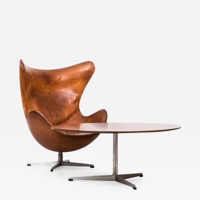 Arne Jacobsen Arne Jacobsen Coffee Table