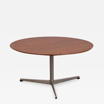 Arne Jacobsen Arne Jacobsen Coffee Table with Tripod Base