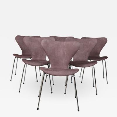 Arne Jacobsen Arne Jacobsen Put Sevens chairs model 3107