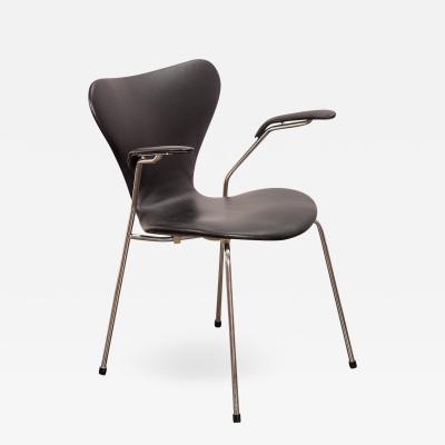 Arne Jacobsen Arne Jacobsen Series 7 Black Leather Armchair for Fritz Hansen