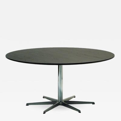 Arne Jacobsen Dining Table