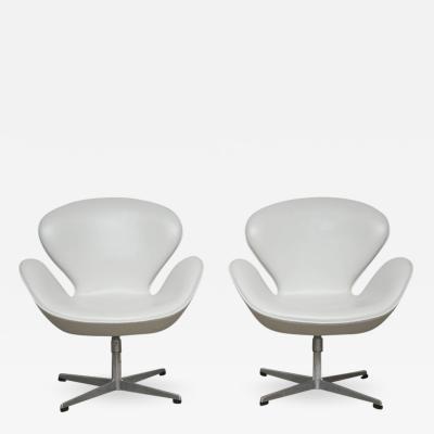 Arne Jacobsen Early Model Swan Chairs by Arne Jacobsen Swivel Tilt