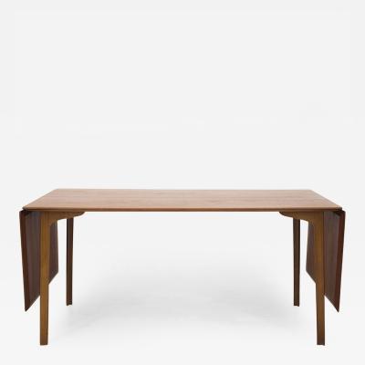 Arne Jacobsen Grandprix Dining Table