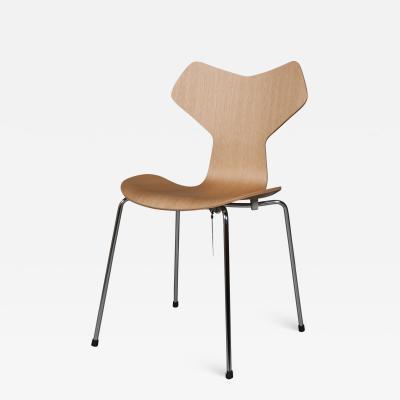 Arne Jacobsen New Arne Jacobsen 3130 Grand Prix Oak