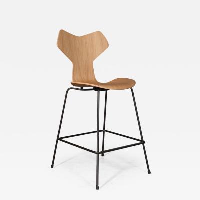 Arne Jacobsen New Arne Jacobsen Grand Prix bar stool