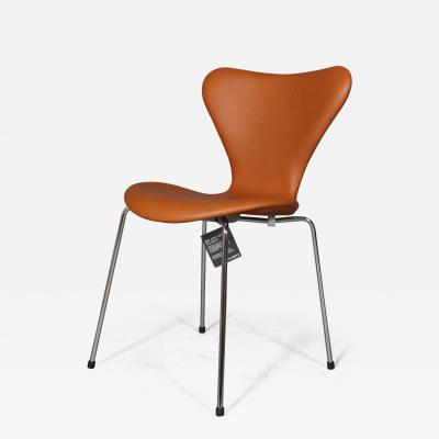 Arne Jacobsen New Arne Jacobsens 7 chair chairs model 3107 Walnut Elegance