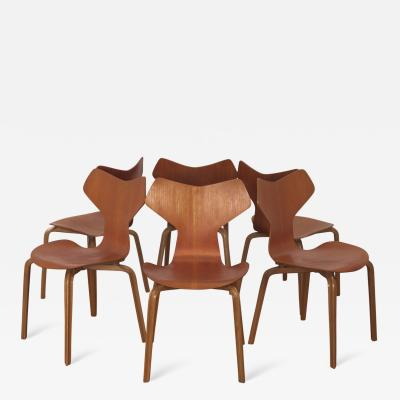 Arne Jacobsen Set of Six Arne Jacobsen Grand Prix Chairs