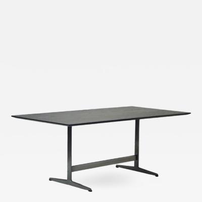 Arne Jacobsen Shaker Table in Black Ash