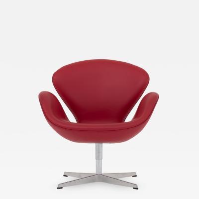 Arne Jacobsen The Swan reupholstered in Savanne