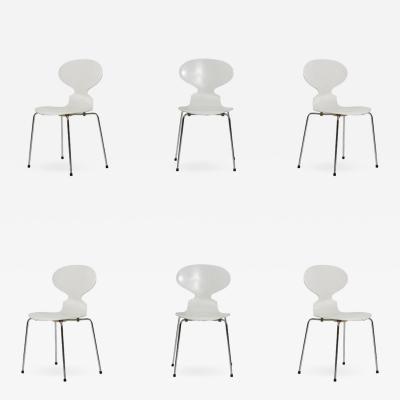 Arne Jacobsen WHITE LACQUERED ANT CHAIRS BY ARNE JACOBSEN