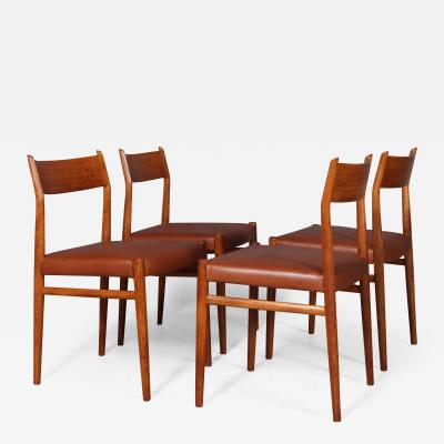 Arne Vodder Arne Vodder Set of four teak dining chairs model 418 4