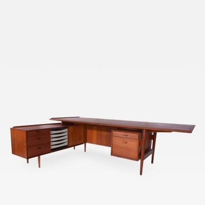 Arne Vodder Arne Vodder Teak Executive Desk with Return Denmark 1960s