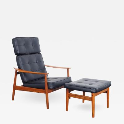 Arne Vodder Danish Modern Reclining Lounge Chairs Ottoman by Arne Vodder