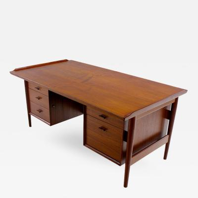 Arne Vodder Danish Modern Teak Executive Desk Designed by Arne Vodder