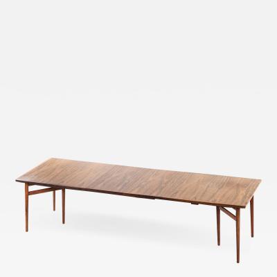 Arne Vodder Dining Table Model 201 Produced by Sibast M belfabrik