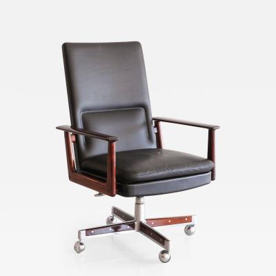 Arne Vodder EXECUTIVE DESK CHAIR BY ARNE VODDER