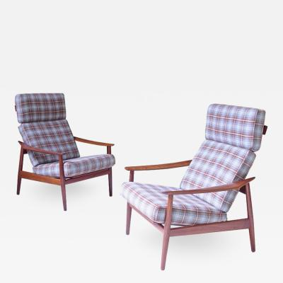 Arne Vodder Pair of Arne Vodder FD 164 Reclining Lounge Chairs in Teak and Plaid Wool