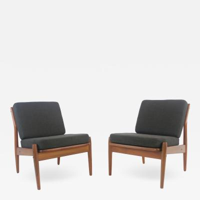 Arne Vodder Pair of Scandinavian Modern Easy Chairs Designed by Arne Vodder