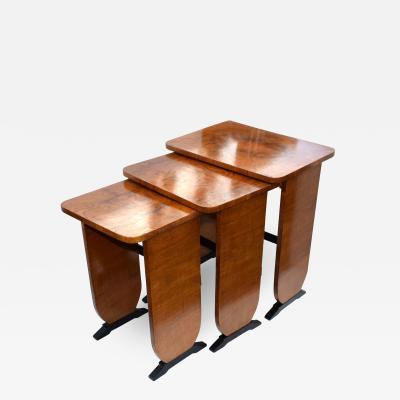 Art Deco 1930s Set of Three Nest of Tables In Walnut