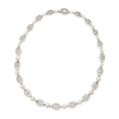Art Deco Pearl and Diamond Necklace in Platinum