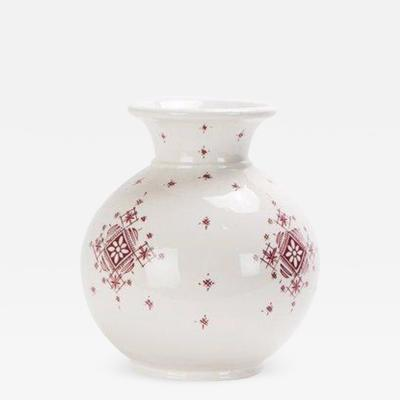 Atlas Showroom Handmade Moroccan White and Burgundy vase with Tribal Design
