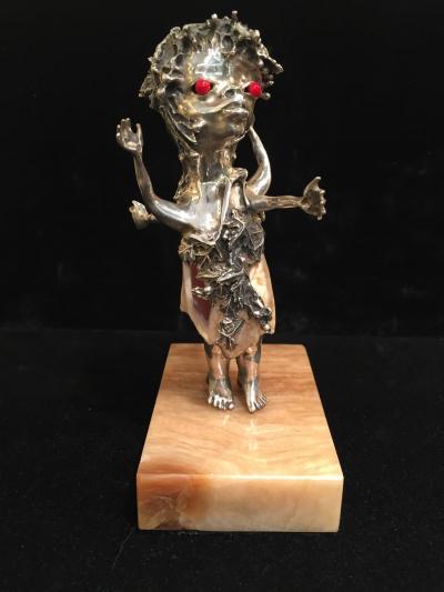 Aurelio Teno Pair of Teno Silver Sea Shell Red Stone Eye Zodiac Figures