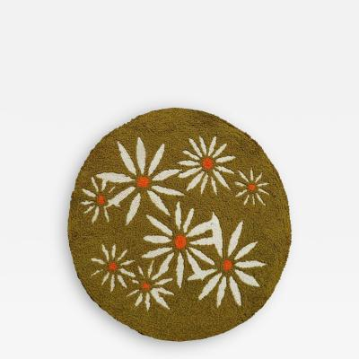 Avocado Green Round Daisy Rug