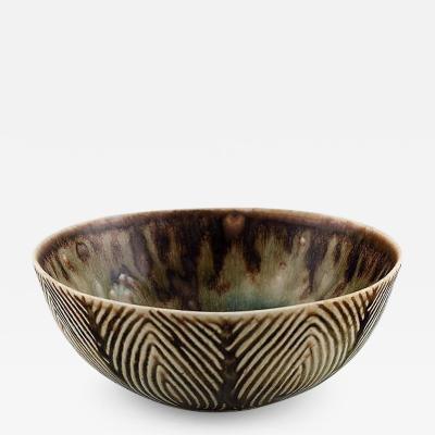 Axel Salto Bowl of glazed stoneware in fluted style Beautiful glaze in brown