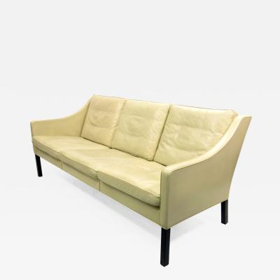 B rge Mogensen 1970s Danish 2209 Sofa in Leather by Borge Mogensen