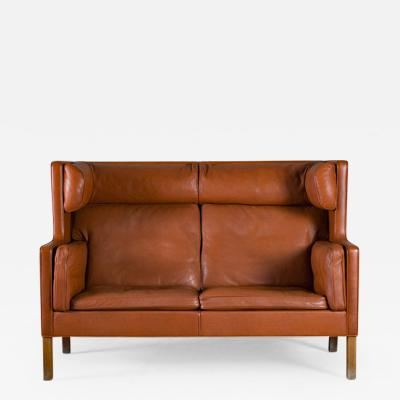 B rge Mogensen Borge Mogensen Red Leather Coupe Sofa