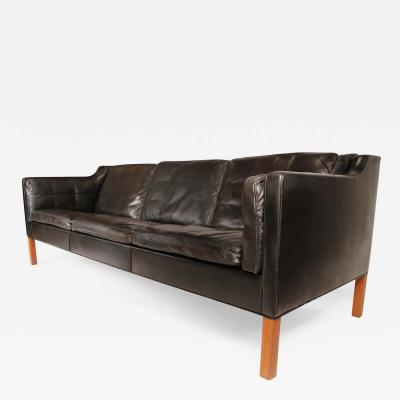 B rge Mogensen Sofa in black leather by Borge Mogensen 1962
