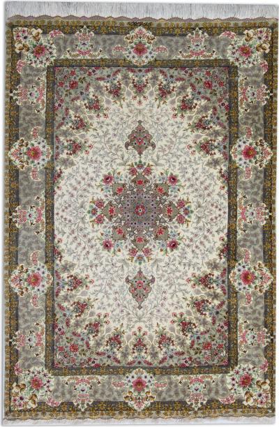 Beautiful Persian Silk Rug Qum 101 x 159 cm