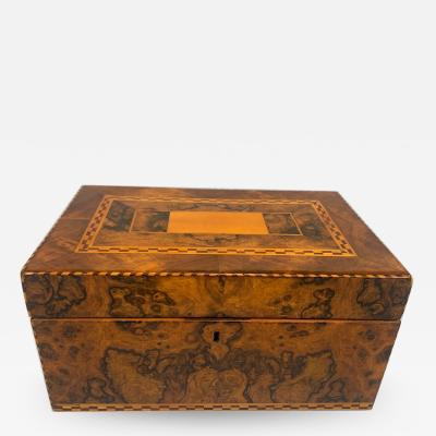 Biedermeier Box Walnut Roots Veneer with Inlays South Germany circa 1820